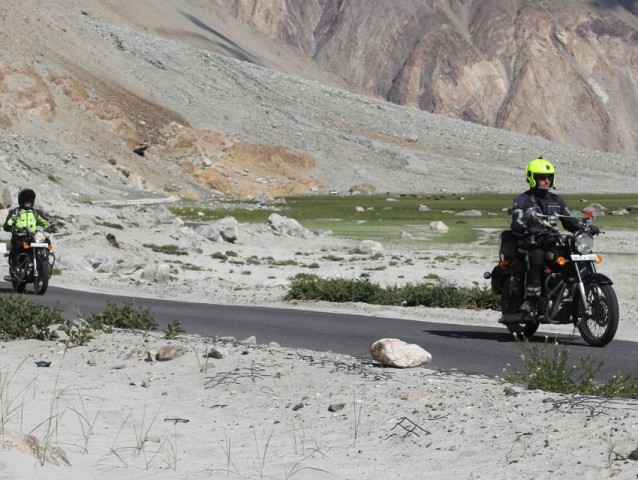Himalayan Motorbike Group tour Manali to Leh 2020