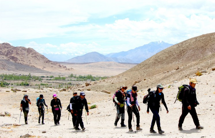 Liker to Temisgam Trek ( Lower Ladakh)  Homestay 2020