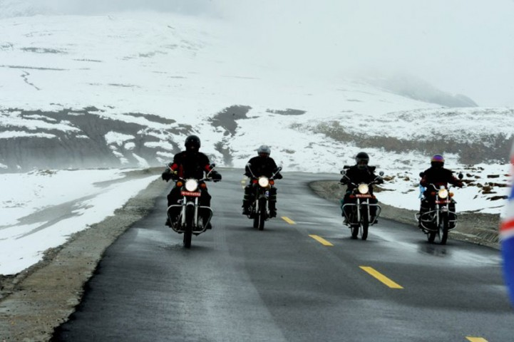 Leh  Manali via Hanle Motor Bike tour