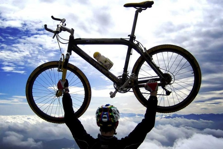 Highest Motorable Road Cycling Tour