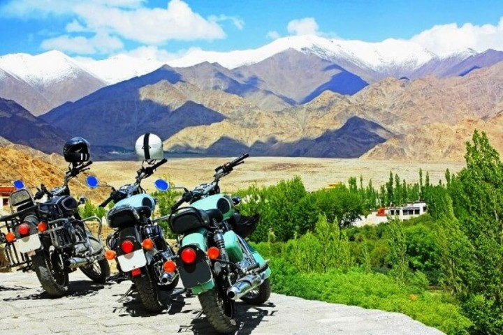 Amazing Ladakh Motorbike Group Departure Tour 2020
